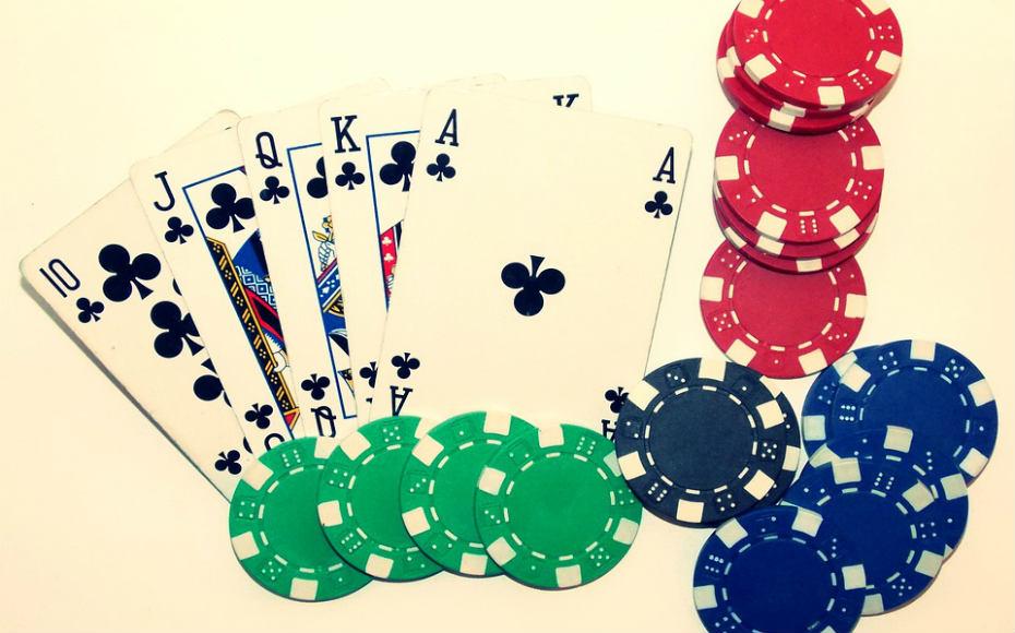 ¿Cómo jugar al póker Texas Hold'Em?